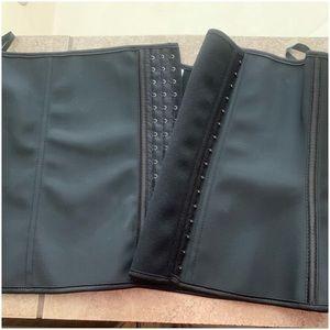 Intimates & Sleepwear - New! Black Waist Shape-Wear. Size 5XL.